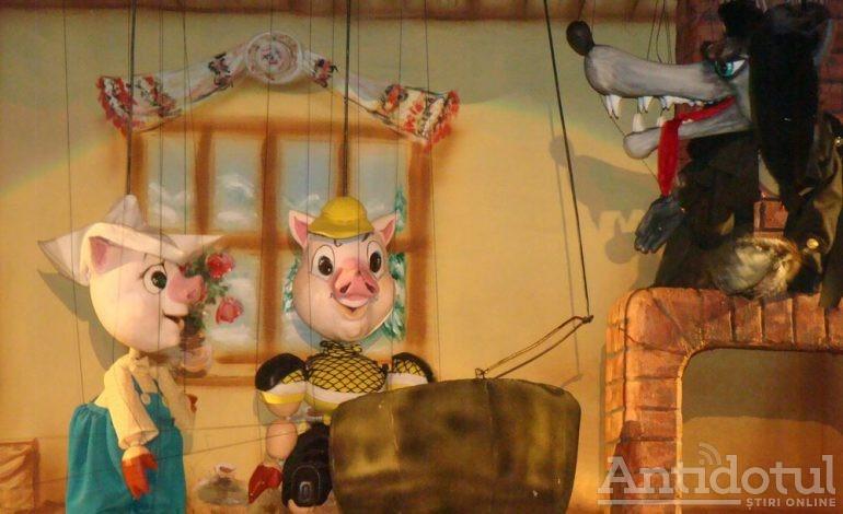 """O nouă experiență de poveste cu """"Cei Trei Purceluși"""",  la Teatrul """"Gulliver"""""""