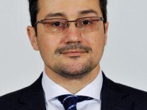 Senatorul USR Galați își contestă funcția, dar nu renunță la ea