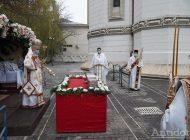 Pelerinaj în epidemie: gălățenii au stat la cozi ca să se roage la moaștele Sf.Andrei