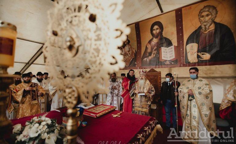 Penitența liberală: slujbele de Crăciun vor fi permise, preoții nu mai poartă măști