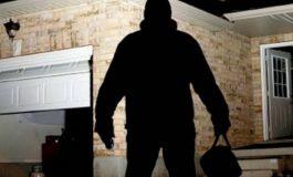 Politicienii fură…Hoțul strigă hoții!