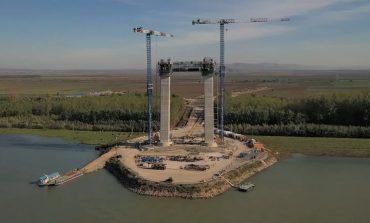 De râsul lumii! Podul de la Brăila, al treilea ca lungime din Europa, nu va putea fi folosit