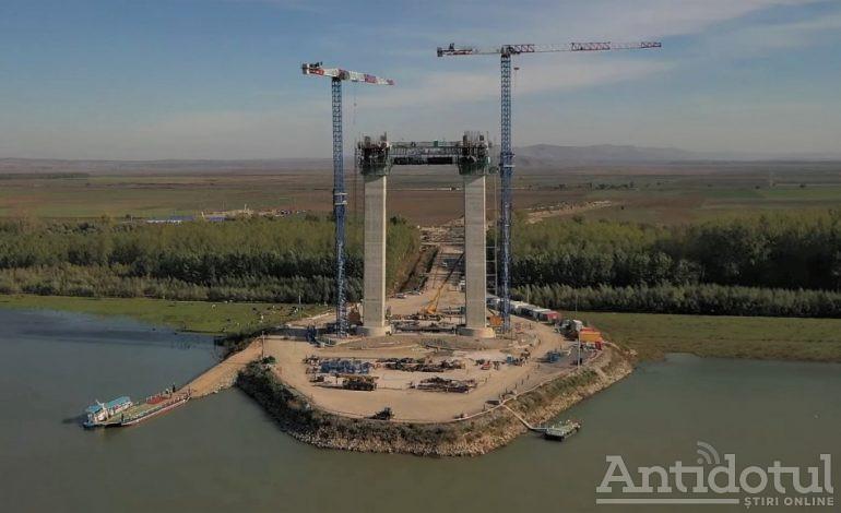 Record de Guinness Book: cel mai inutil pod din lume va avea cele mai lungi cabluri de oțel din lume