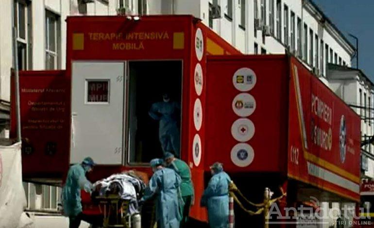 Au mai murit trei oameni într-un spital din România. Între timp, guvernanții se hârjonesc