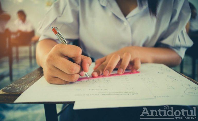 Bacalaureat la toată lumea: 83% dintre elevii din Galați au promovat examenul