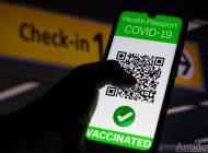 Pașaportul verde COVID-19 a fost aprobat. Anti-vacciniștii au voie să stea în carantină