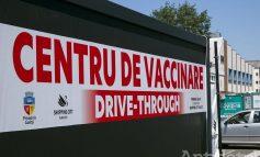 Vaccinarea la Galați, pe derdeluș. Gălățenii nu se mai vaccinează decât la drive-thru