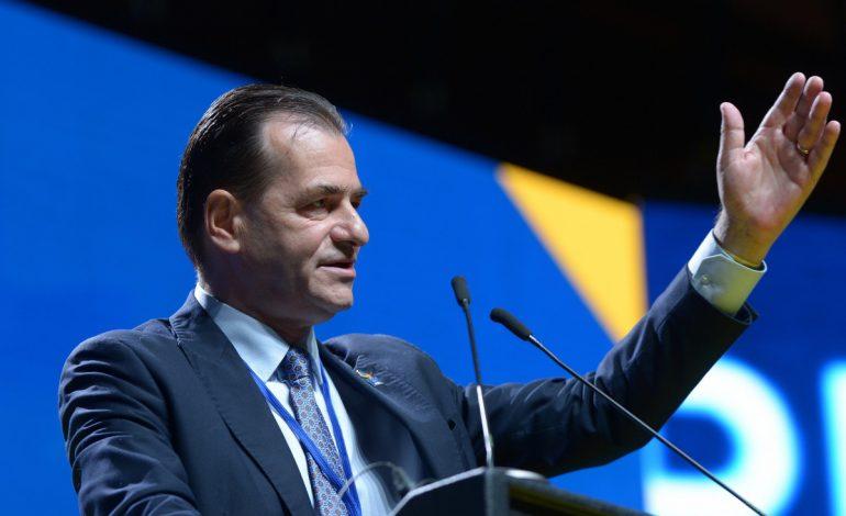 Alegerile din PNL, varianta ușilor închise: Ludovic Orban s-a furișat prin Galați