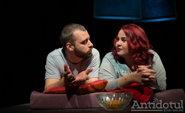 """Două comedii de neratat și un concert extraordinar, în acest weekend, la Teatrul Dramatic """"Fani Tardini"""""""