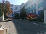 Măcelul din spitale: ambulanțele au fost transformate în saloane pentru pacienții COVID