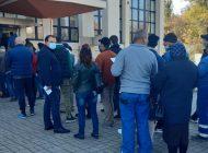 Cozi la centrele de vaccinare din orașul Galați. Numărul persoanelor vaccinate este ca în primele săptămâni din debutul campaniei