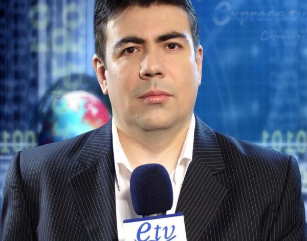 Cătălin Negoiţă, un candidat cu mîinile curate pe bucile studentelor la Jurnalism