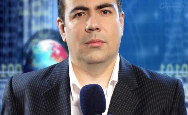 Jurnalistul Cătălin Negoiţă ţine în mod Express să se facă din nou de rîs