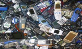 Operatorii de telefonie mobilă mai pregătesc o ţacă utilizatorilor