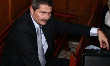 Corespondenţii foto ai agenţiei de presă Newsin, patronată de Vîntu, şi-au băgat obiectivu' în el de job
