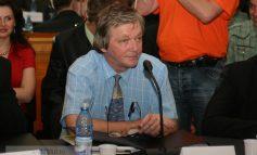 Consiliul Local îl somează pe Dumitru Nicolae să anunţe public demisia lui Florin Melinte