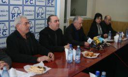 Lui Eugen Durbacă îi place carnea macră de creştin-democraţi