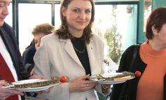 Adriana Ţicău mai vrea o tură la Bruxelles. Dan Nica ştie de ce