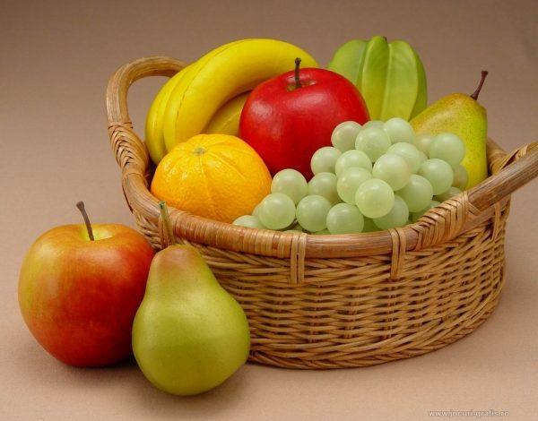 Fructe pe stomacul gol