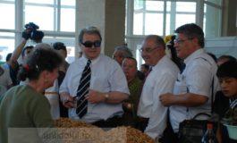 A înnebunit tribunul: Vadim Tudor se visează preşedinte din primul tur
