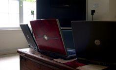 Nu-i banc: în Primăria Galaţi se dă spor de calculator