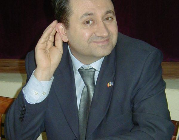 Deputatul Florin Pîslaru riscă să devină independent de portocaliu