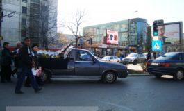 Primarul Nicolae este pentru căratul morţilor pe stradă
