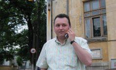 Labă tristă Iulian Aramă, soţul lu' doamna Ana Denis Aramă, ameninţă cu tupeu de ţăran de Cavadineşti