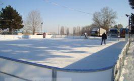S-a redeschis patinoarul de lîngă stadionul Dunărea