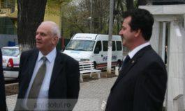 Florin Melinte și Valentin Munteanu ar trebui acuzați de trafic cu artiști
