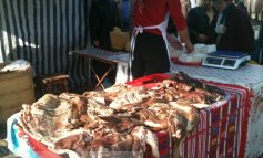 Soarele și muștele au fost ingredientele de bază ale Tîrgului cu produse tradiționale românești