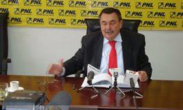 Liberalul Dobre scuipă în Galați ce linge la București