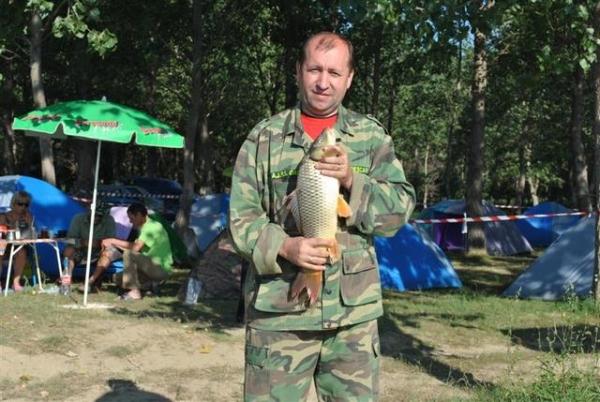 Ion Ștefan, psihologu' care halește capu la pește