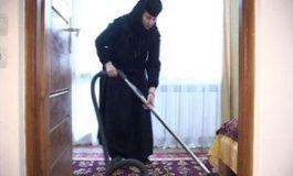 Cea mai mare ipocrizie: să faci Paștele la mănăstire