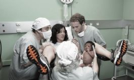 Cît de idioți sînt bărbații care își filmează soțiile cînd nasc?