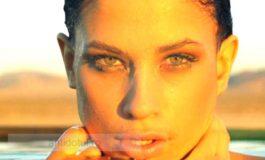 O femeie frumoasă (video)