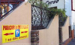 """La Restaurantul Corso specialitatea casei este """"Parcarea interzisă!"""""""
