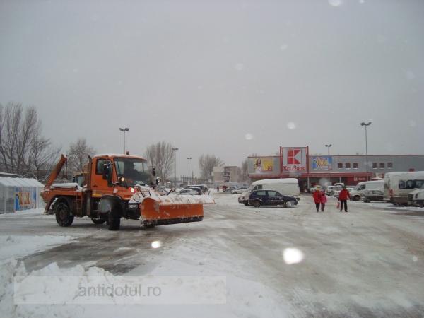 Probleme cu zăpada? Se rezolvă rapid dacă ai bani!