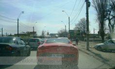 Poză cu primul Ferrari cu numere de Galați, pe străzile Galațiului