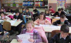 Covid 19 schimbă sistemul școlar: clase de 10 elevi, calculatoare gratuite, dispar tezele