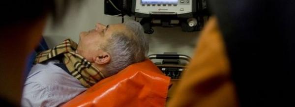"""Prima declarație a lui Năstase după operație: """"Un fleac. M-AM ciuruit!"""""""