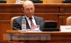 La pariu că Traian Băsescu cîștigă referendumul