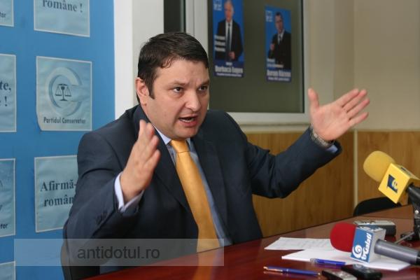 Bogdan Ciucă a dispărut ca pecistul în ceață, cu tot cu promisiunile lui