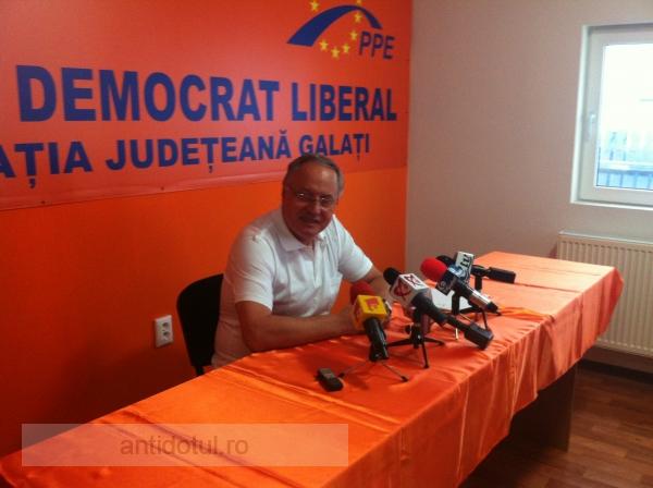 Zgîrcitul Mircea Toader și-ar fi dorit ca societatea civilă să facă treaba PDL-ului