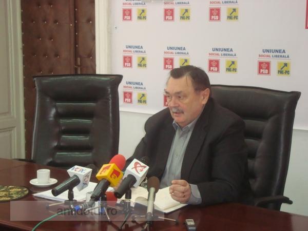 Ministrul Victor Paul Dobre votează pentru fraudarea referendumului