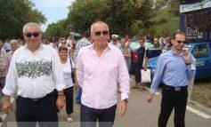 Marius Stan și city managerul Aurel Vlaicu, la cerșit saluturi pe faleză