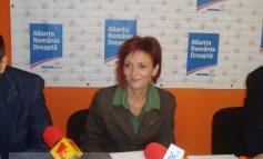 Laura Constantinescu e și ziaristă, dar și pedelistă cu acte în regulă