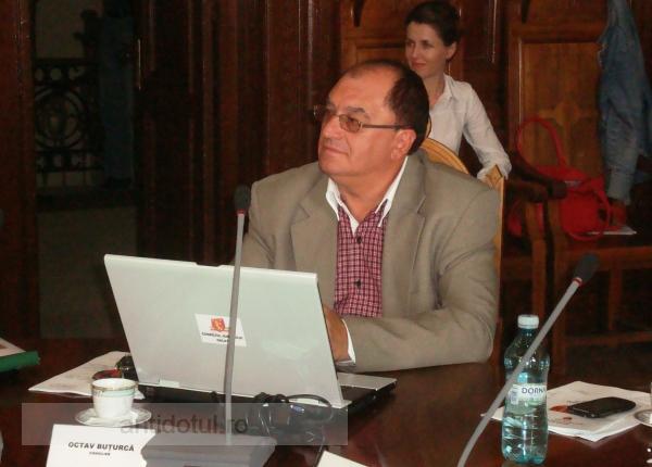 Octav Buțurcă – mîrlanul care a venit să se facă consilier județean la oraș