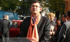 Dacă va ajunge deputat, Resmeriță va propune introducerea camerelor video în sălile de partid