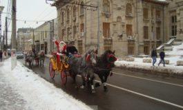 Momente penibile cu Moșul adus pe Dunăre de primarul Marius Stan